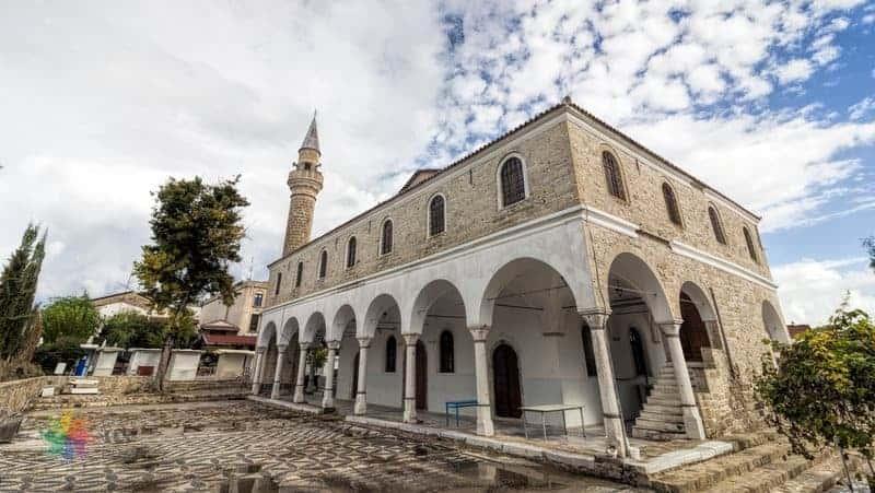 alaçatı gezilecek yerler Pazaryeri Camii / Ayios Kostantines Kilisesi