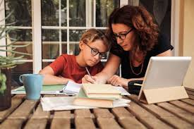Covid-19, Ebeveynlerin Çocuklarıyla İlgili İnternet Endişelerini Nasıl Etkiledi?