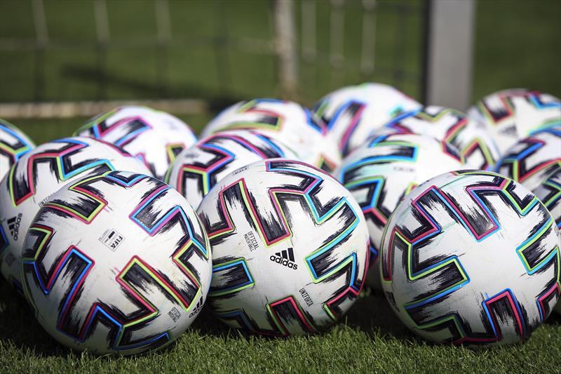 İzmirde futbol kulüplerinin etkisi